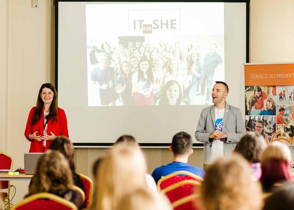 Joanna Niemiec - koordynatorka programu IT for She realizowanego we współpracy z Fundacją Perspektywy