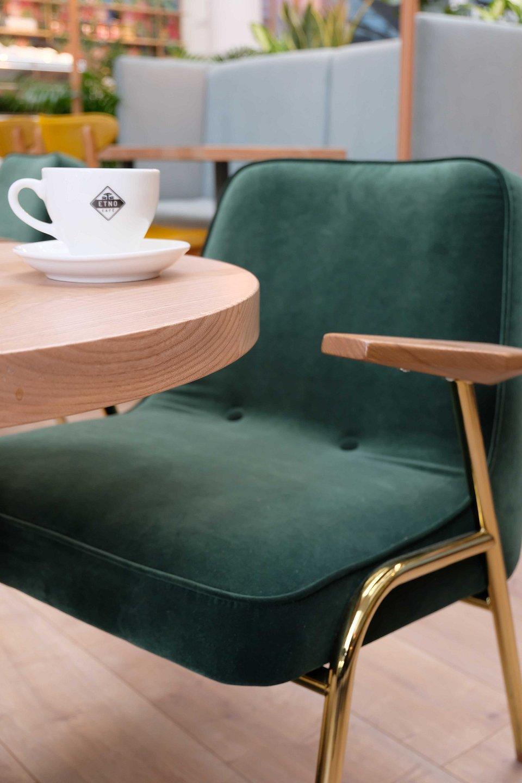 Fotele 366 Concept