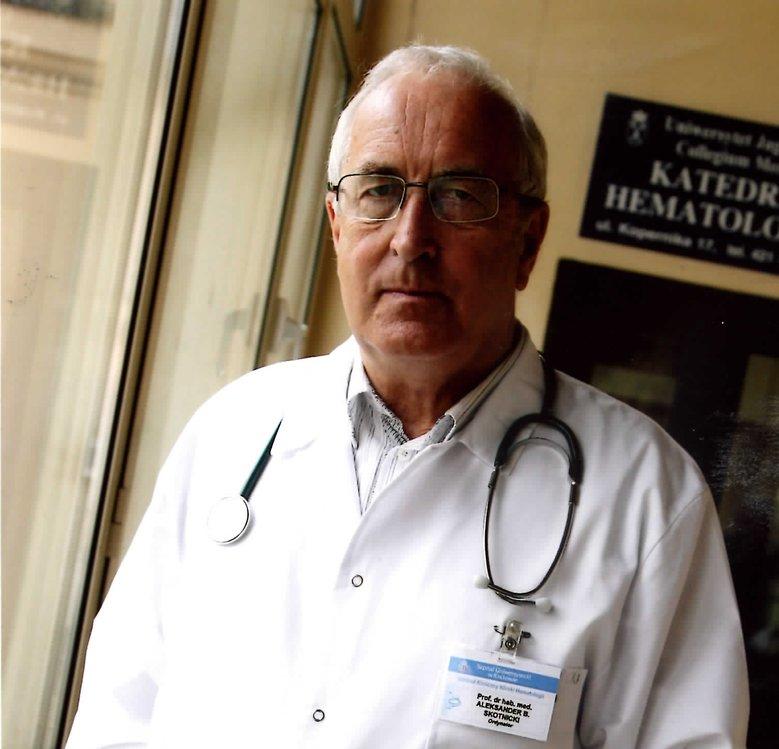 prof. dr hab. n. med. Aleksander Skotnicki