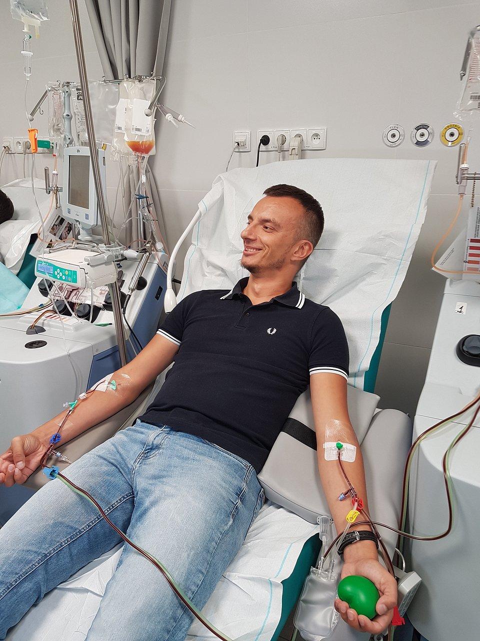Łukasz Krążek - Dawca faktyczny podczas 7000 donacji - metodą pobrania krwiotwórczych komórek z krwi obwodowej