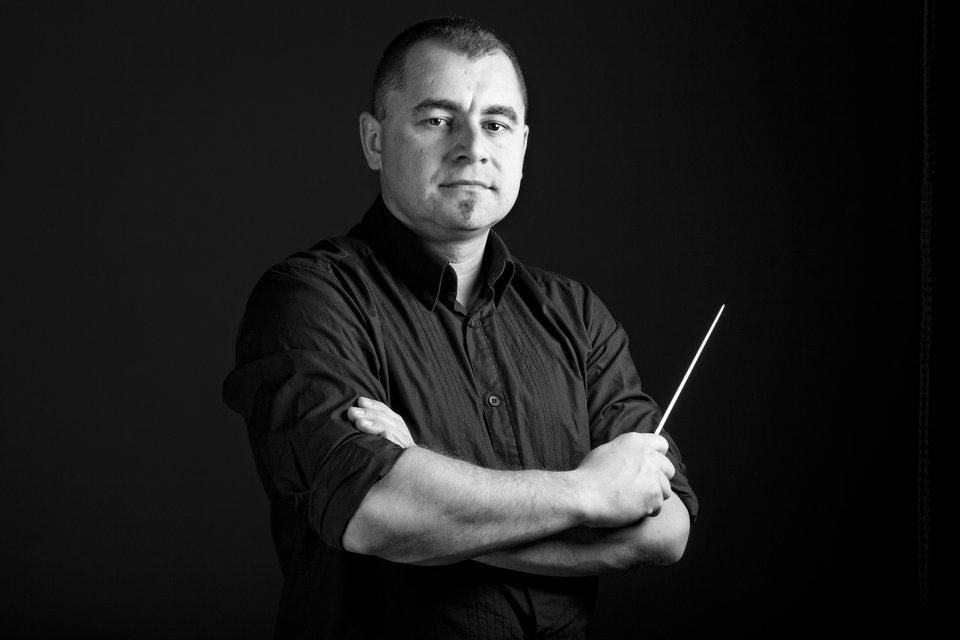 Jarosław Ignaszak DYREKTOR ARTYSTYCZNY ORKIESTRY WIENIAWA, DYRYGENT ORKIESTR DĘTYCH