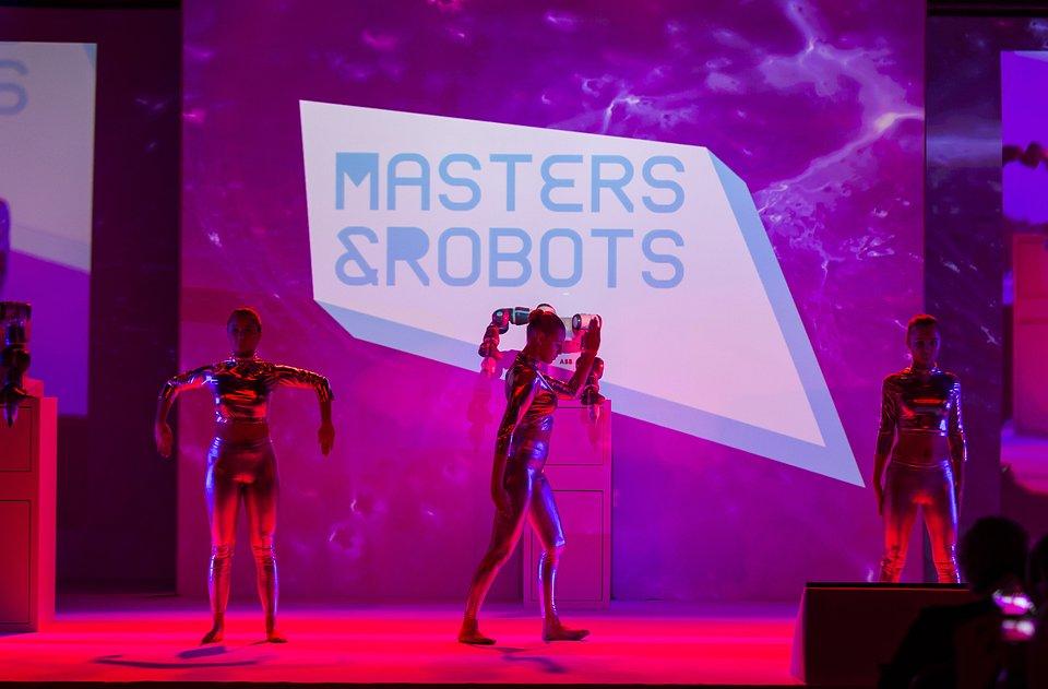 Masters&Robots2018.jpg