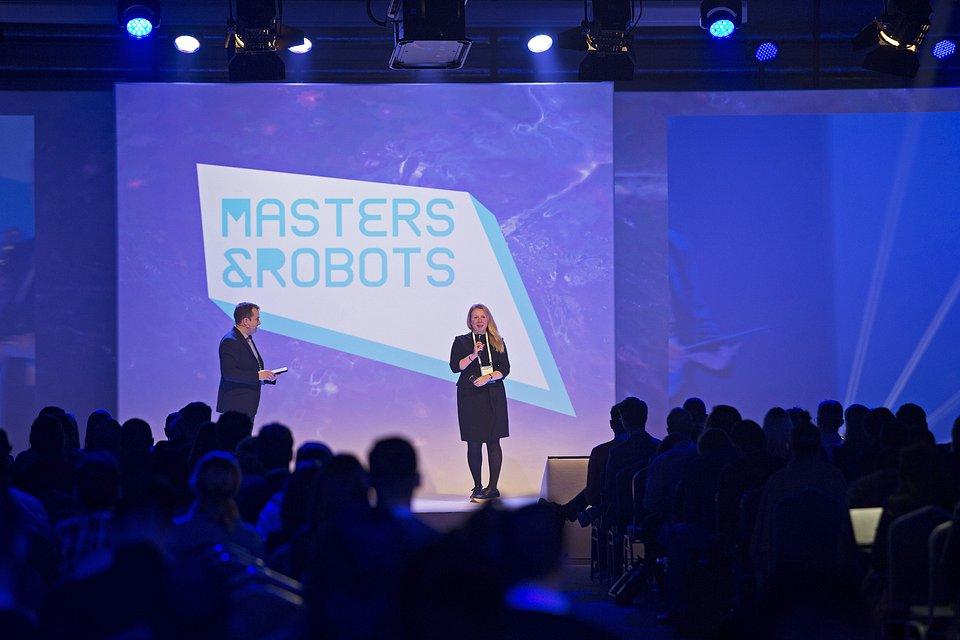 Margharet_Ann_Dowling_Masters&Robots_2018.jpg