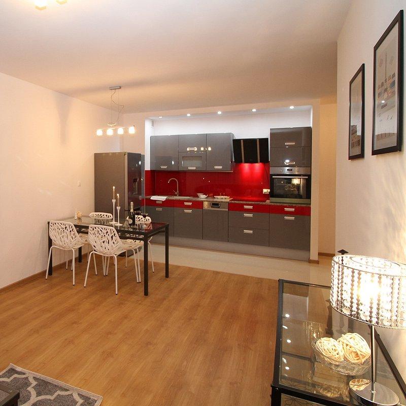 kitchen-2094722_1920.jpg