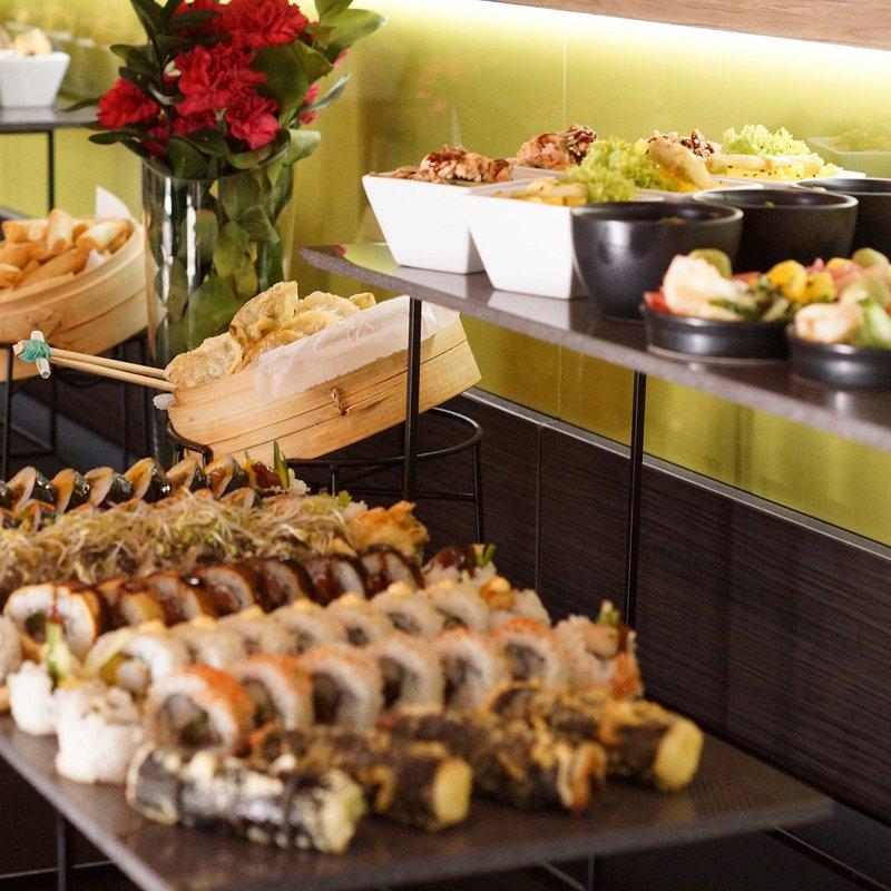 Lunch-Bufet-Sushi_1-1.jpg