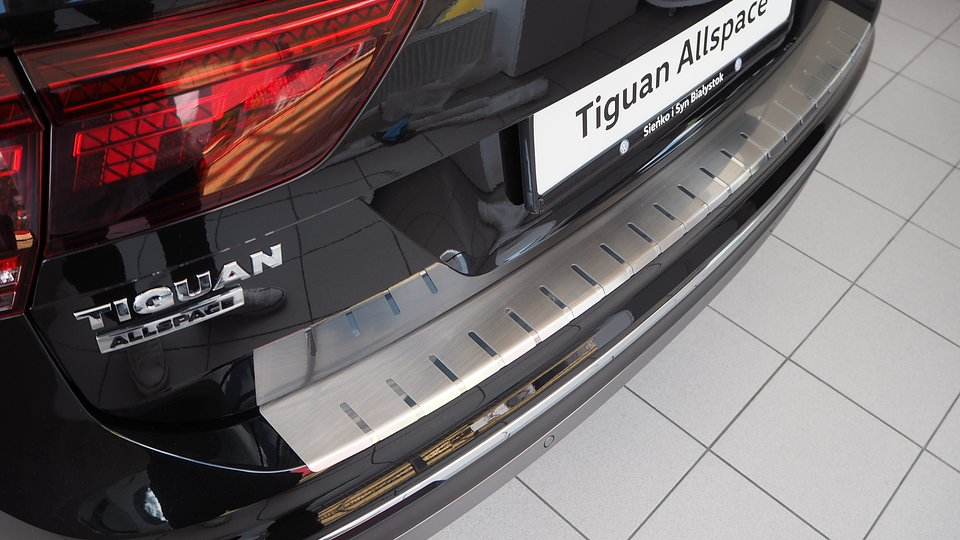 Nakładka na zderzak chroniąca Volkswagena Tiguana