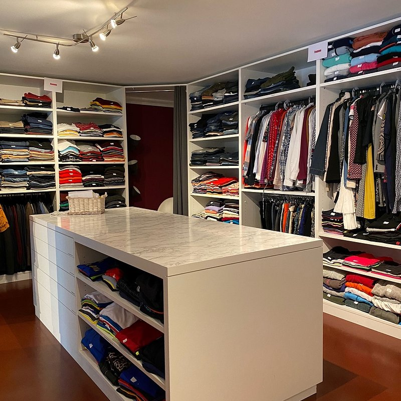 Clothes to be Distributed (Fitting Room to Try On).jpg