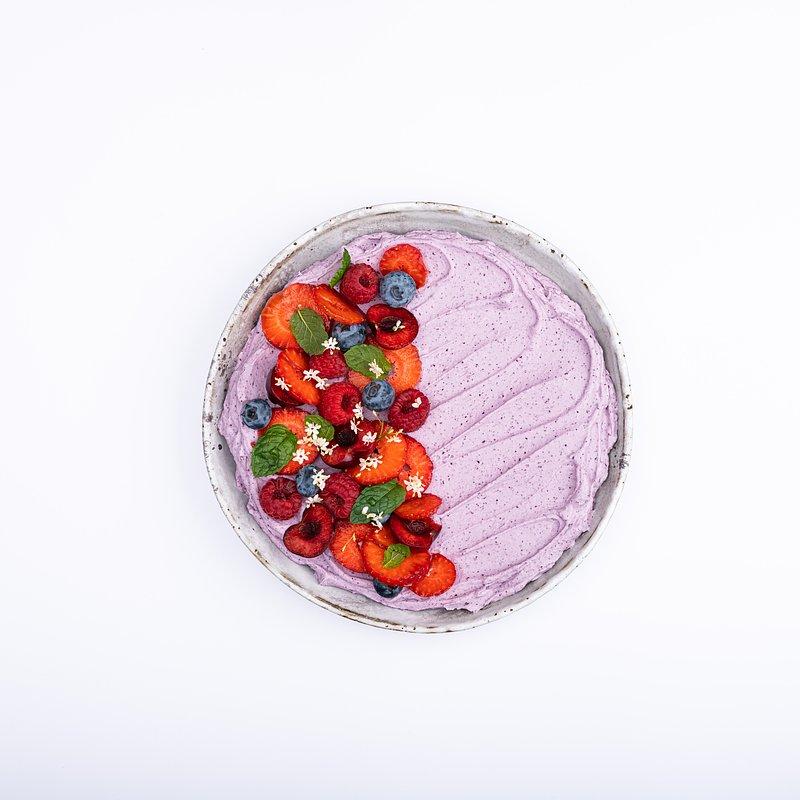 Smoothie bowl z jagoda kamczacką-12.jpg