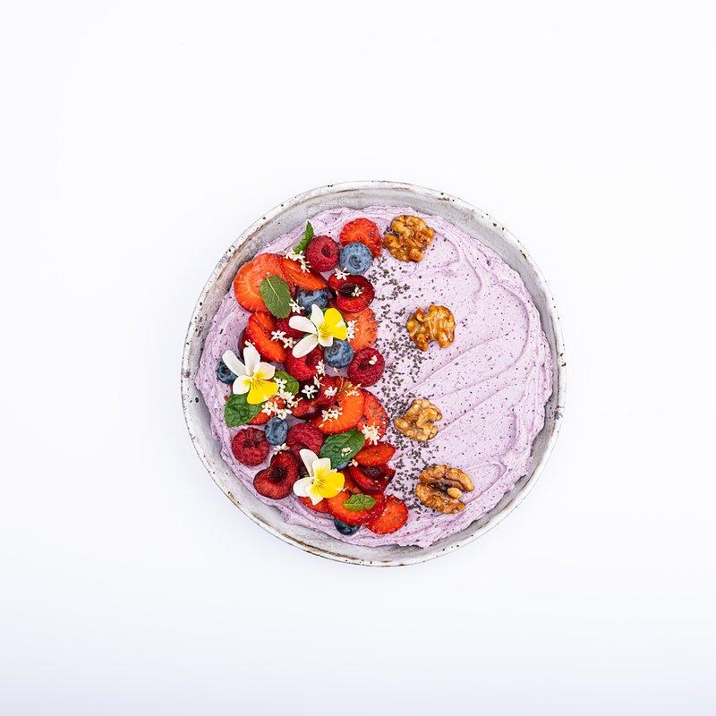 Smoothie bowl z jagoda kamczacką-15.jpg
