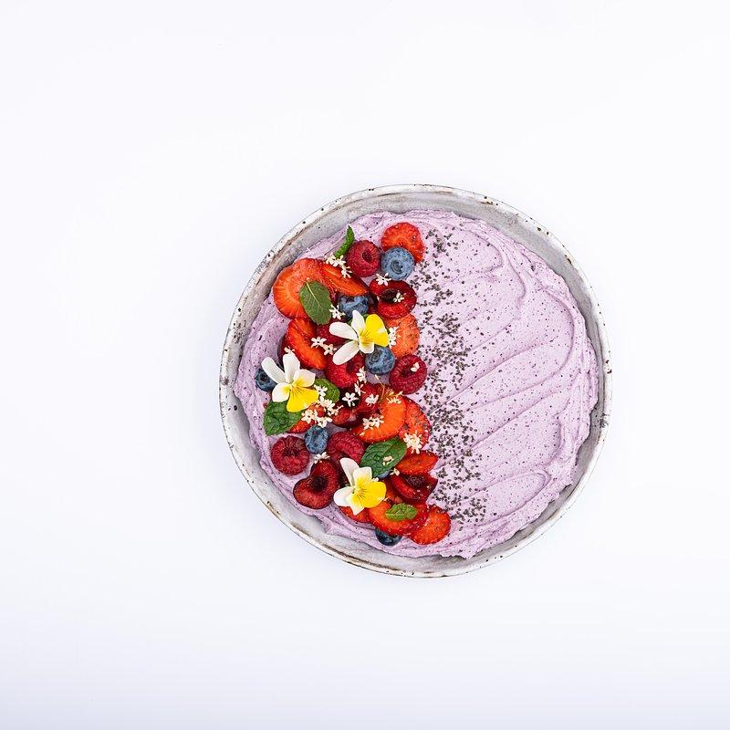Smoothie bowl z jagoda kamczacką-14.jpg