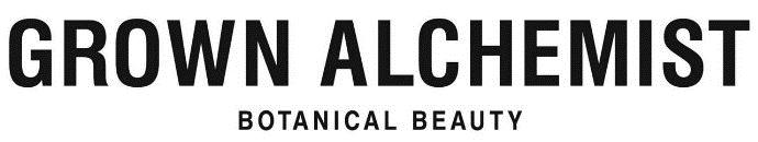 Pochodząca z Australii marka Grown Alchemist za podstawę pielęgnacji uznaje przywrócenie zdrowia komórkom skóry, co jest możliwe  dzięki  zastosowaniu  aktywnych  i  skutecznych  wyciągów  z  roślin. Wszystkie formuły produktów Grown Alchemist zawierają składniki pochodzenia naturalnego, dzięki czemu komórki nie traktują tych kosmetyków jako zagrożenia (nie reagują na nie jak na czynnik stresujący), a zatem mogą w pełni wykorzystać te zaawansowane substancje do odbudowywania swojej równowagi.