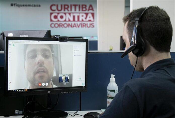 Plataforma de teleatendimento e tira-dúvidas ajuda municípios no monitoramento da Covid-19. Foto: Divulgação