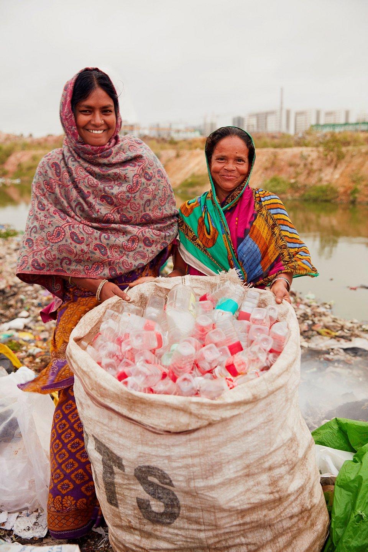 Recolhedoras de plástico, Índia