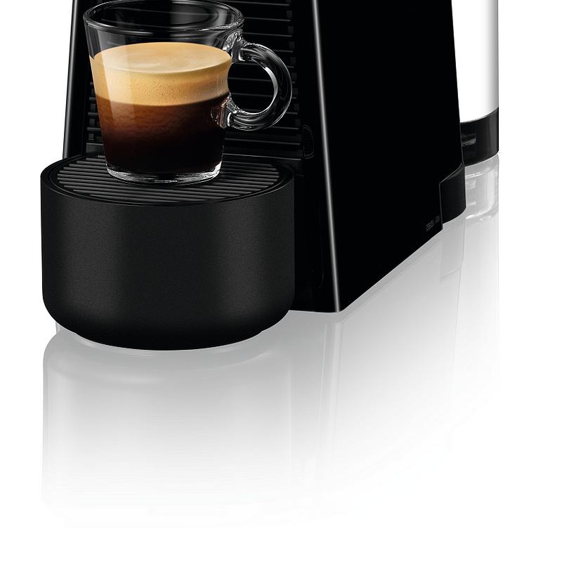 Nespresso Essenza Plus_limousine black (1) low.png
