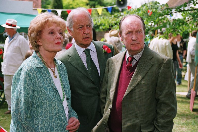 Midsomer Murders Images - (series 7) Ep2 Bad Tidings 21A © Bentley Productions & ALL3MEDIA.jpg