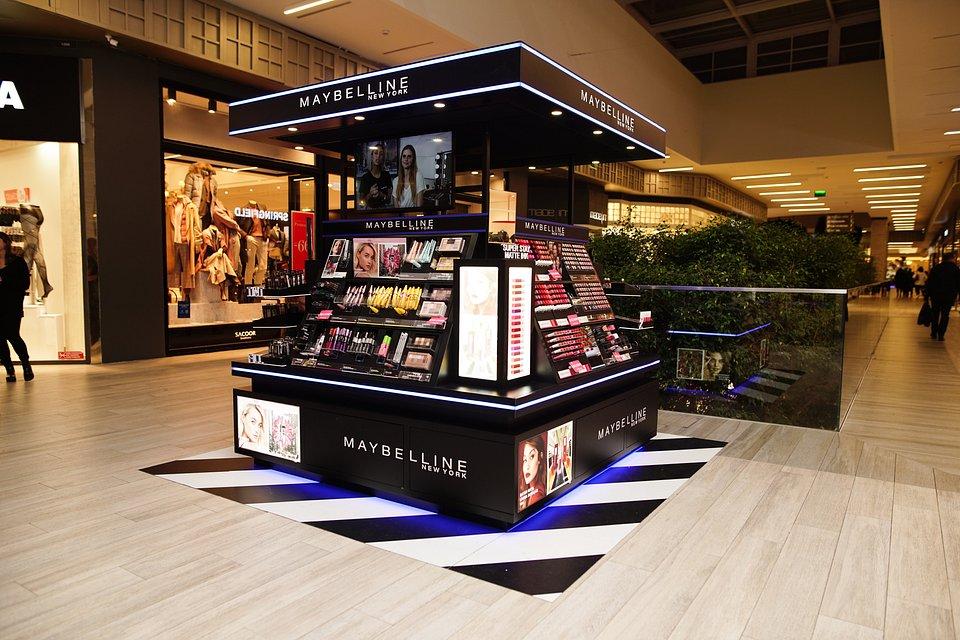 Kiosk Maybelline CascaiShopping.jpg