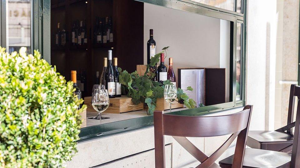 Lisbon Wine Hotel_SPH.jpg