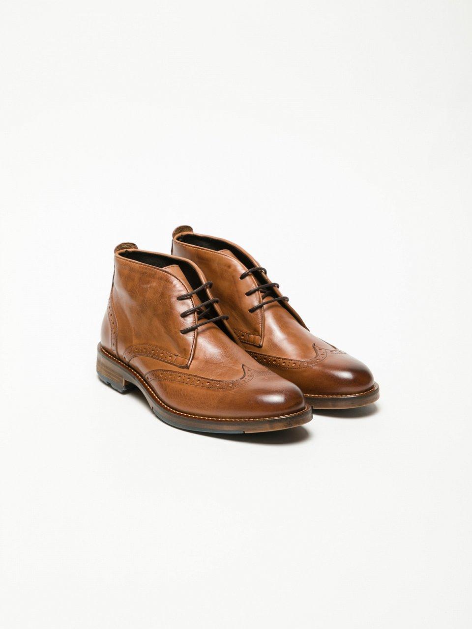 Sapatos Oxford em Pele Bege Overcube