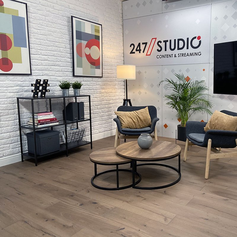 Studio247_3.jpg