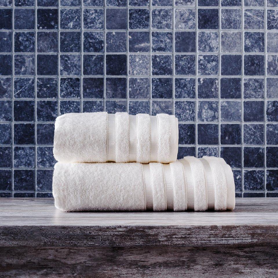Ręczniki Bamboo (home&you) - od 35 zł; włókno bambusowe wykazuje właściwości antybakteryjne, a bawełna zapewnia miękkość i wysoką chłonność; gramatura: 500g/m2