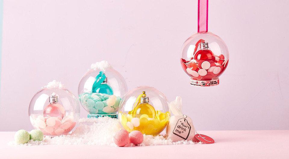 BubbleT_BT1048_SnowGlobes