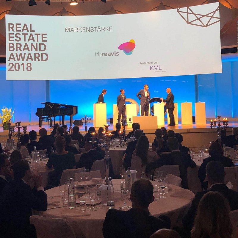 REB-Awards-2018_HB-Reavis-6.jpg