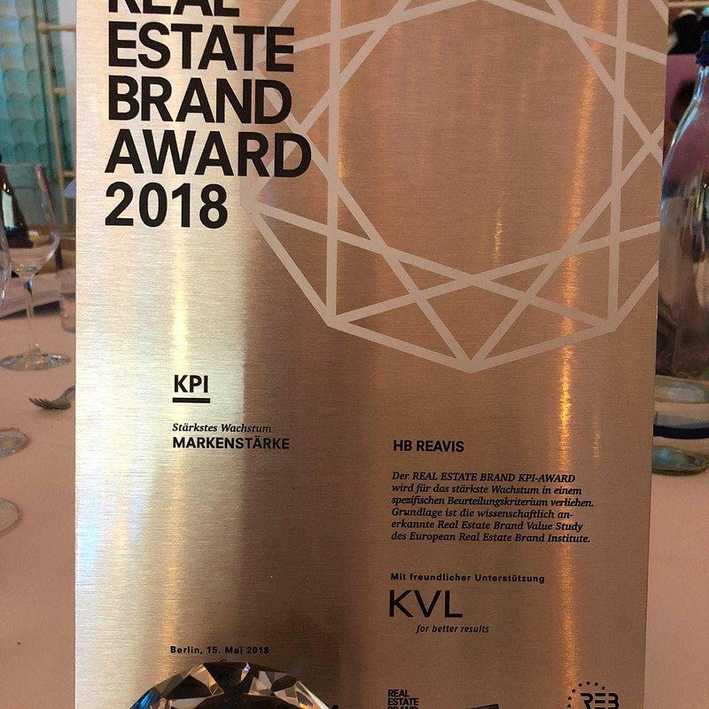 REB-Awards-2018_HB-Reavis-5.jpg