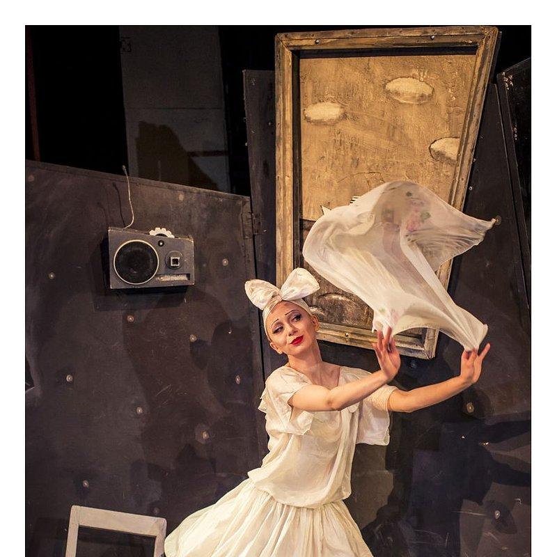 ONCE 4 small Teatr Warszawskiego Centrum Pantomimy foto Kasia Chmura 20225.jpg