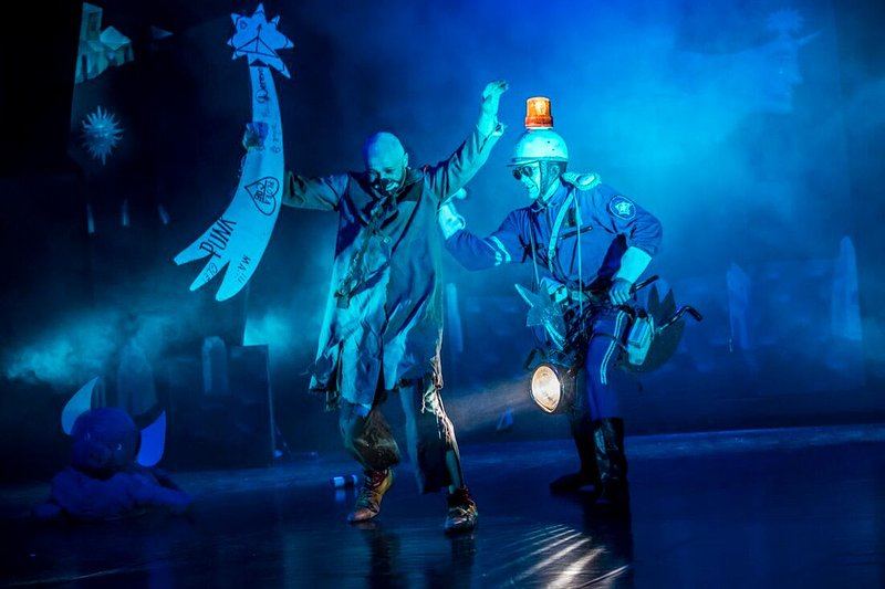 ONCE 9 small Teatr Warszawskiego Centrum Pantomimy foto Kasia Chmura1234_2_orig.jpg