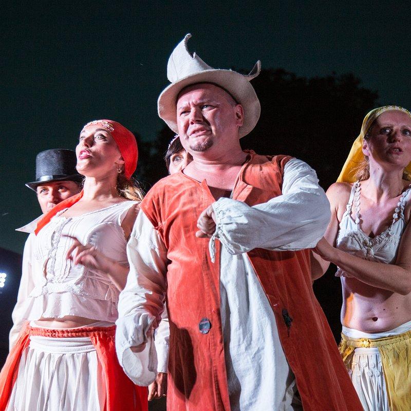 Teatr_Makata_Wesele_fot_Anita_Kot (4).jpg