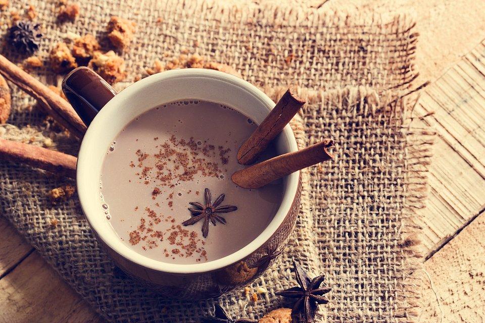 Kakaowa herbata z mlekiem.jpg