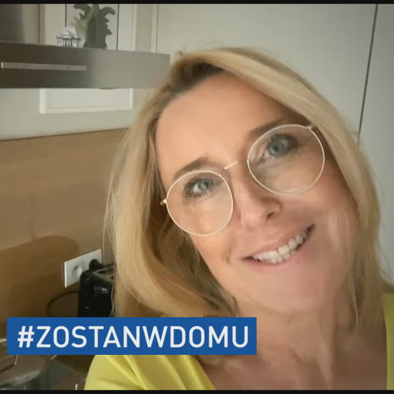 Agata Młynarska - zostan w domu.png