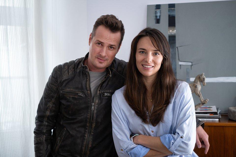 Paweł Małaszyński (Dominik) i Anna Czartoryska-Niemczycka (Magda); fot. TVN/Piotr Litwic