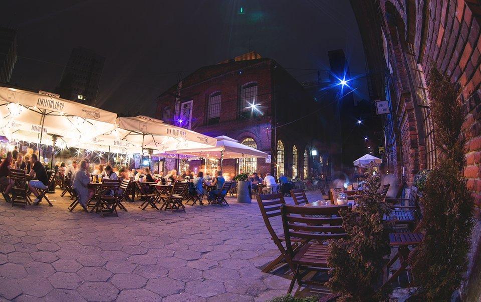 OFF Piotrkowska Center - ogródki gastronomiczne