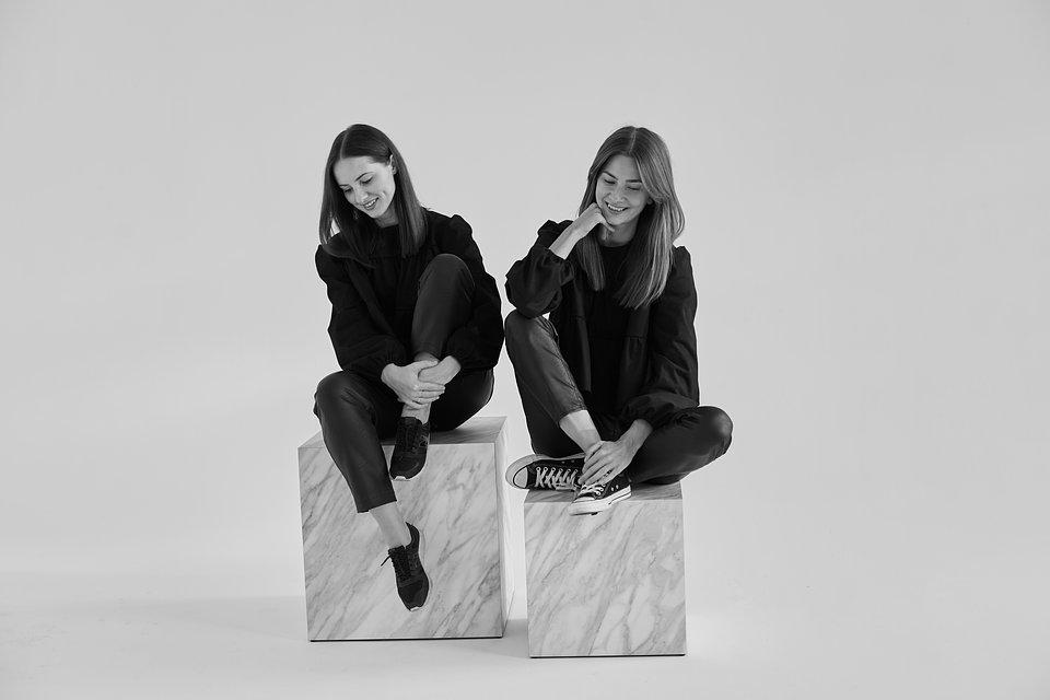 Justyna & Laura (2).jpg
