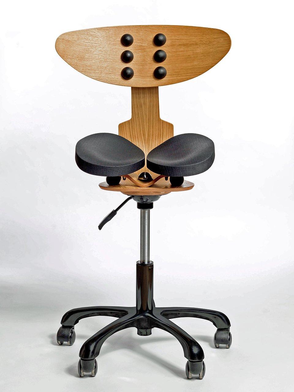Hesed-Chair-front-full_blk.jpg