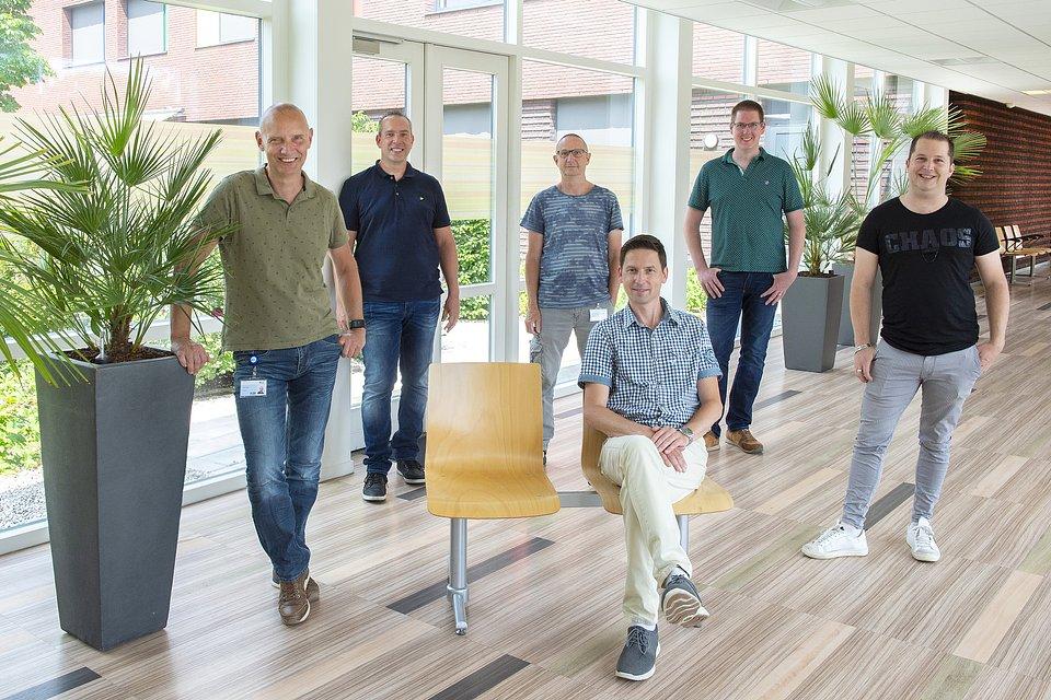 The ETZ's IT team, from left to right: Franz Steinhauser, Patrick van Oosterwij, Hans Beerens, Dennis Groen, Dwight Peijen, Michel Pluijm.