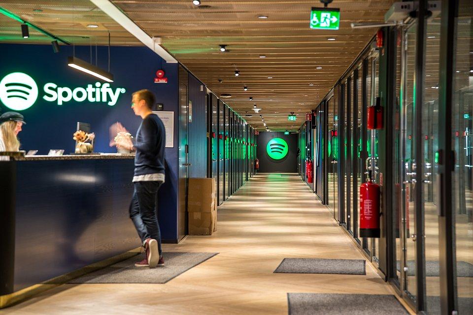 Spotify-Reception-1.jpg