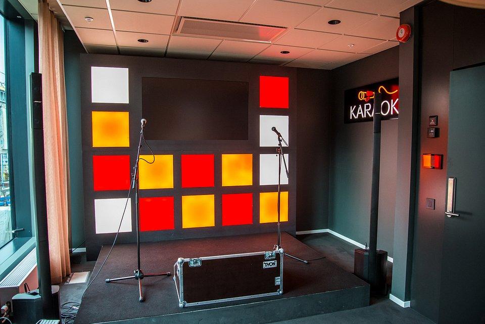 Spotify-Stockholm-Karaoke.jpg