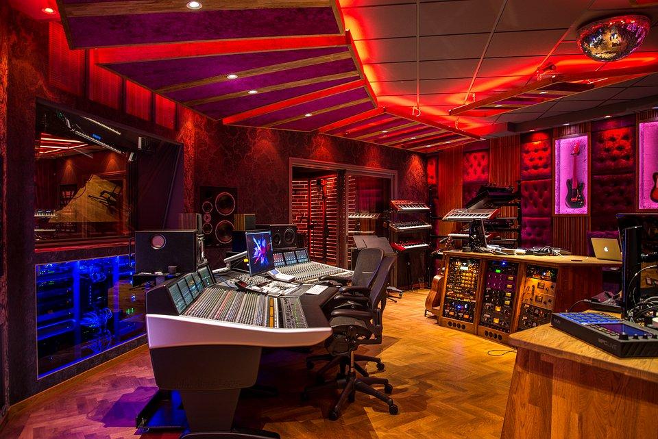 Spotify-Stockholm-Studio-2.jpg
