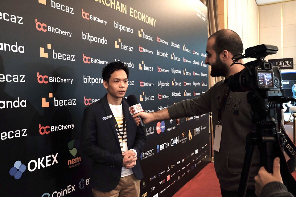 Lennix Lai, Financial Markets Director of OKEx was invited to media interview on-site.