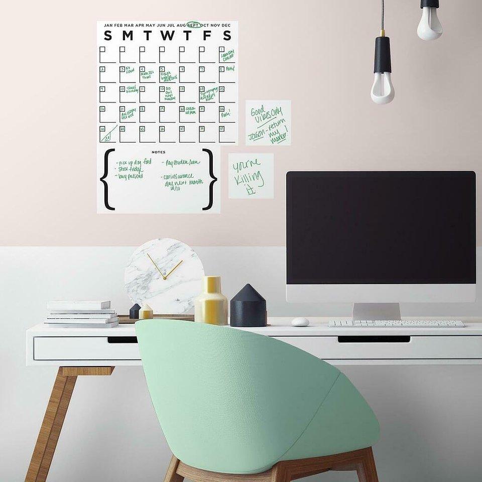 168,00 zł Naklejka dekoracyjna suchościeralna kalendarz.jpg