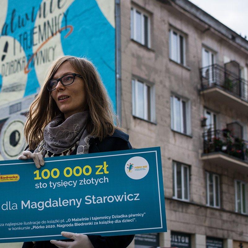 Biedronka_Piórko_mural_Magdalena Starowicz_3.jpg