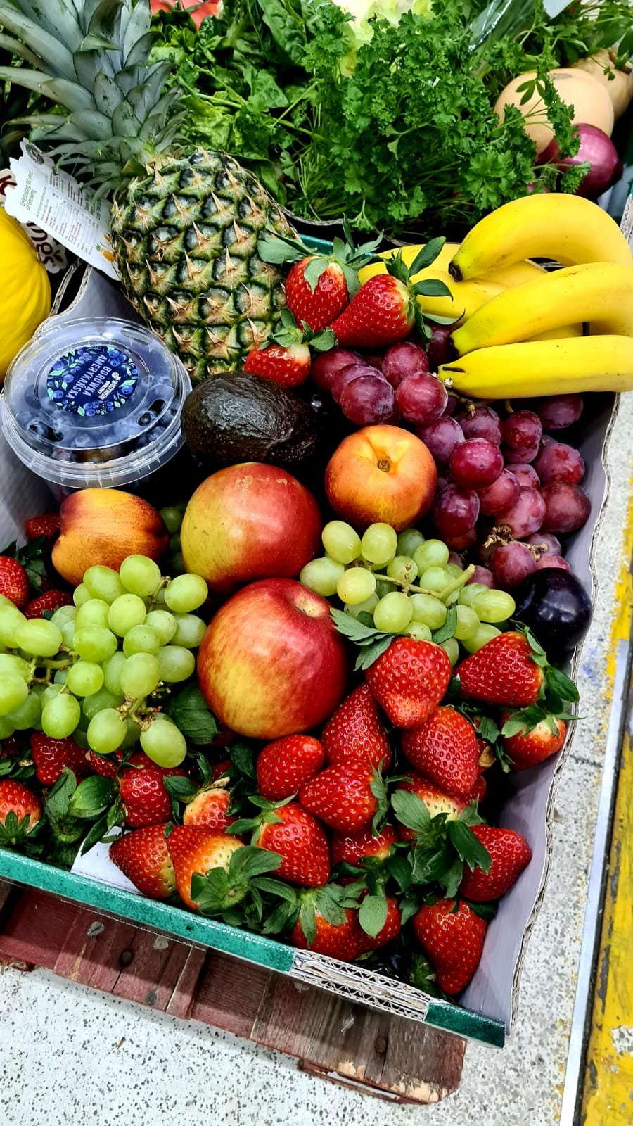 Biedronka Oficjalnym Dostawcą Warzyw i owoców 7.jpg