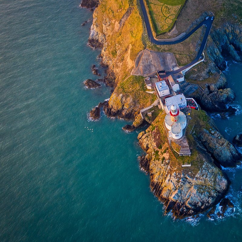 Baily Lighthouse in Howth by @juansancheziv, Spain.jpg