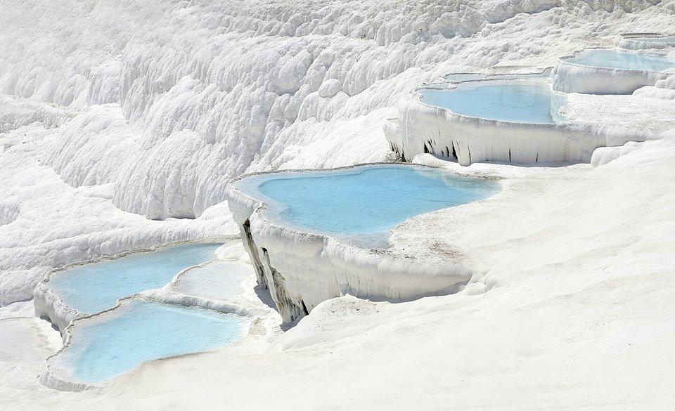 Thermal springs of Pamukkale, Turkey (Jevgenijs Scolokovs/AGORA images)