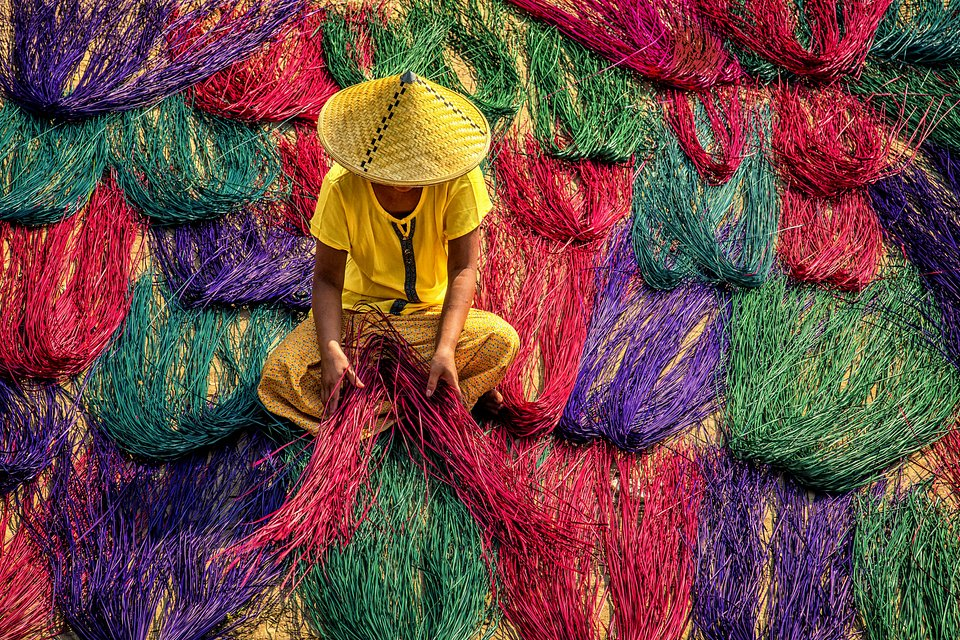 Taken in Yangon, Myanmar (Khin Zaw Aung/AGORA images)