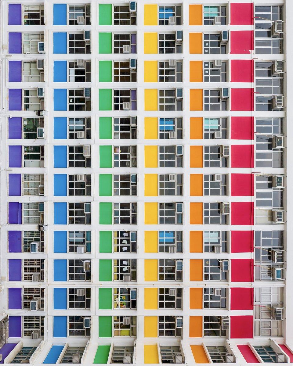 Taken in Hong Kong (Konrad Paruch/AGORA images)