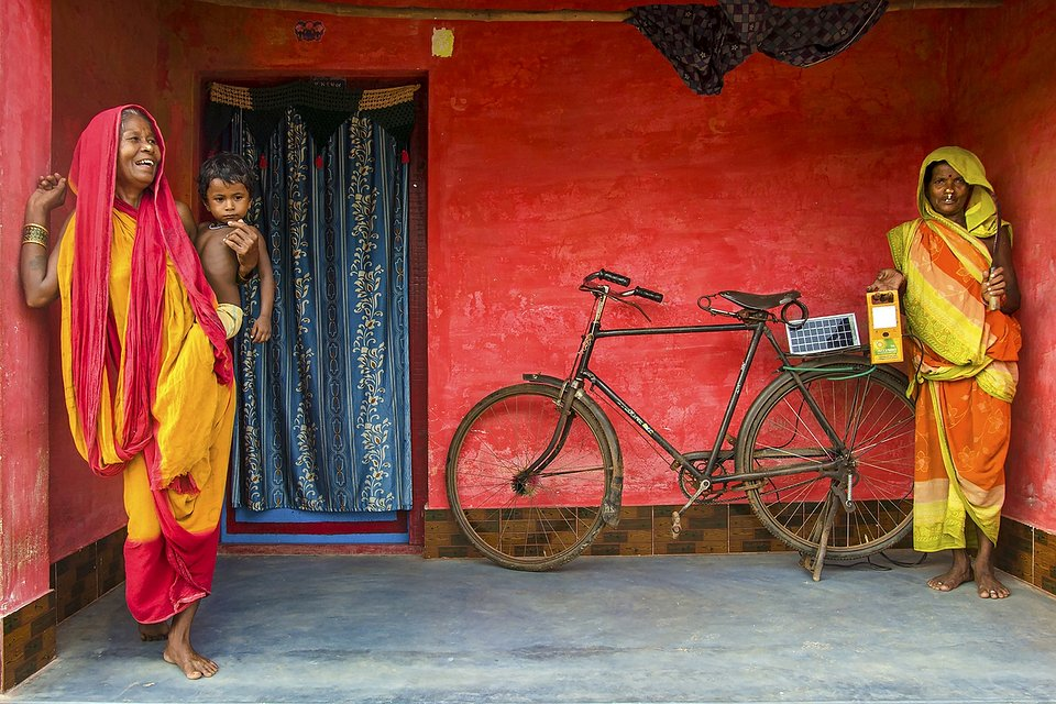 Daily life in a rural village in West Bengal (Sujit Saha/AGORA images)