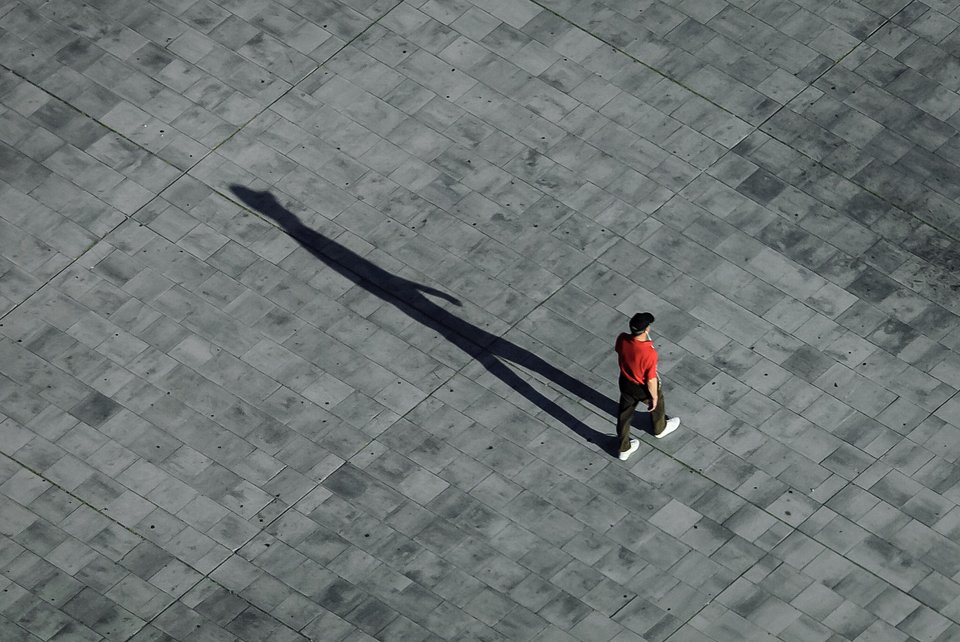 Extended shadow snapped at the 4 Towers, Madrid  (Julian Nieves/AGORA images)